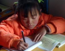 携手宜家社会工作团体援助四川地震灾区儿童