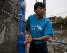 跟随水与卫生专家入川救灾
