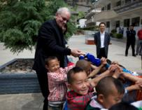 联合国儿童基金会执行主任安东尼∙雷克访问中国